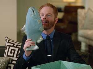 modern-family-ceramic-fish-3.png
